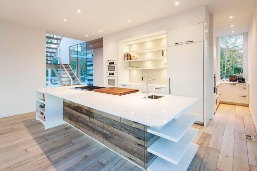 Modern kitchen in white
