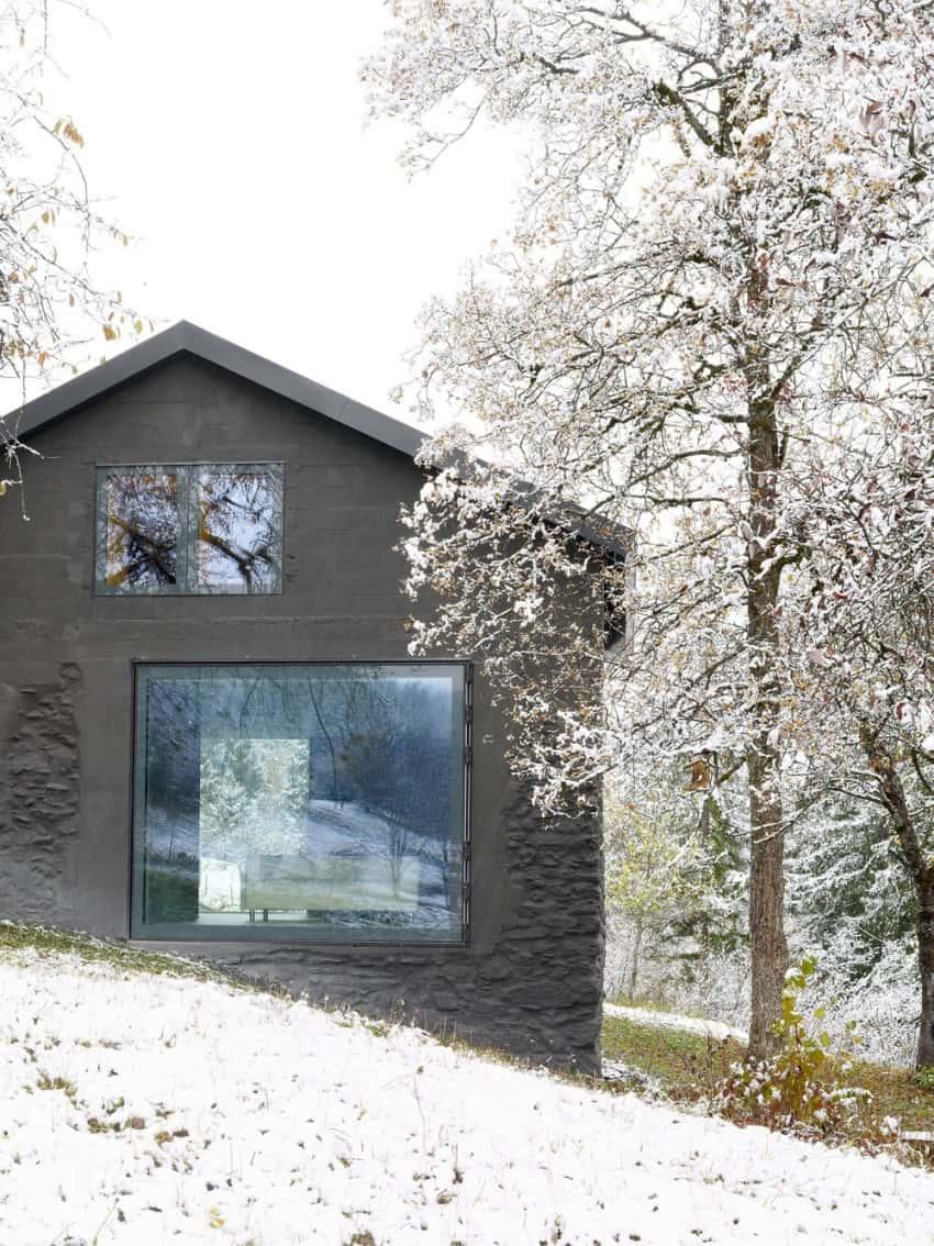 project Savioz House 6 Barn Converted into Minimalist Holiday House in Ayent, Switzerland